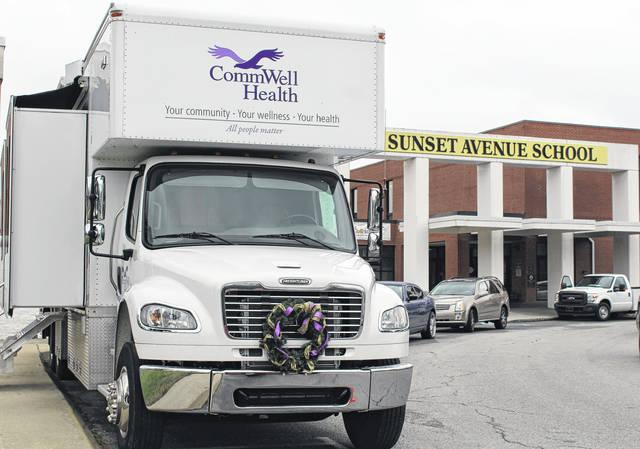 The CommWell Health Mobile Dental Clinic visits Sunset Avenue Elementary School. Brendaly Vega Davis Sampson Independent