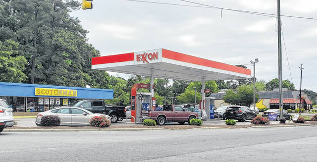 The Scotchman in Roseboro was packed with cars Tuesday morning, as other gas stations across Sampson began to run out of gas.